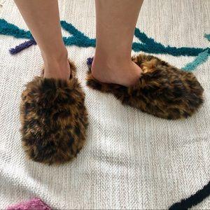 J Crew Fuzzy Leopard Slippers